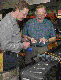 Examining valve-train components