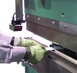Safeguarding system for hydraulic press brakes