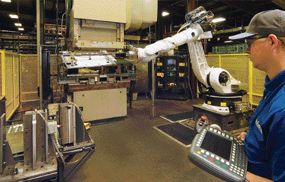 Pick place robotic press