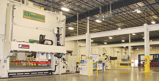 1000-ton Nidec Minster press and integrated feed system