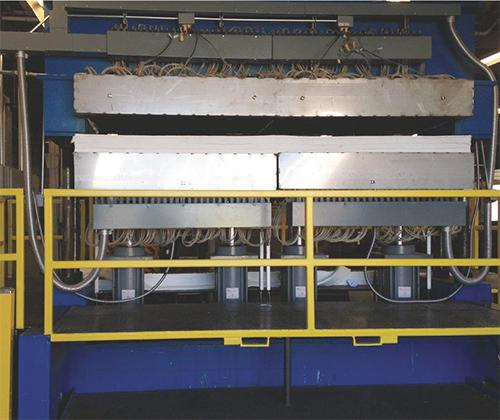 Hydraulic press at Missouri Metals