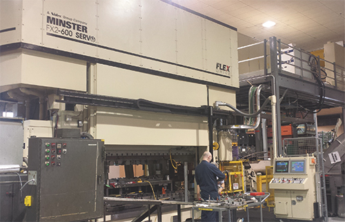 600-ton servo-driven press and transfer system