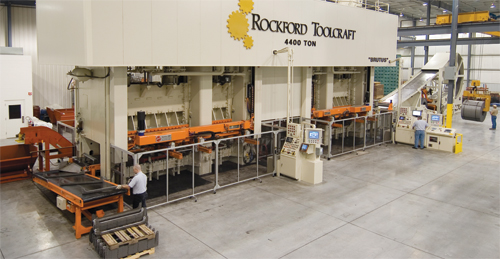Two twin-ram 2200-ton presses