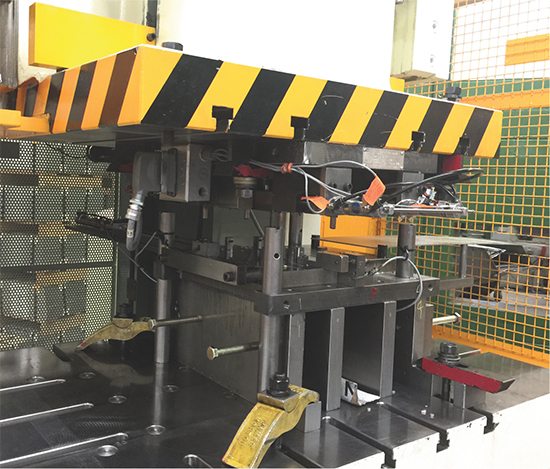 200-ton servo press