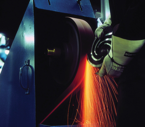 belt sanding and grinding, importance of appropriate abrasive belt tension