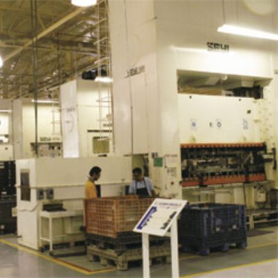 Influx of Link-Motion Presses Pays Dividends in Mexico