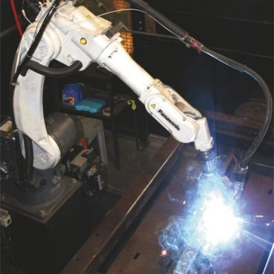 Hybrid Robotic-Welding Gun Adds to Automation Benefits