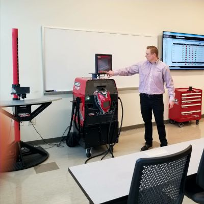 Lincoln Electric Unveils New Welding Technology and Training...