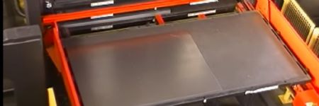 Automated Laser-Cutting Cell at Lay...