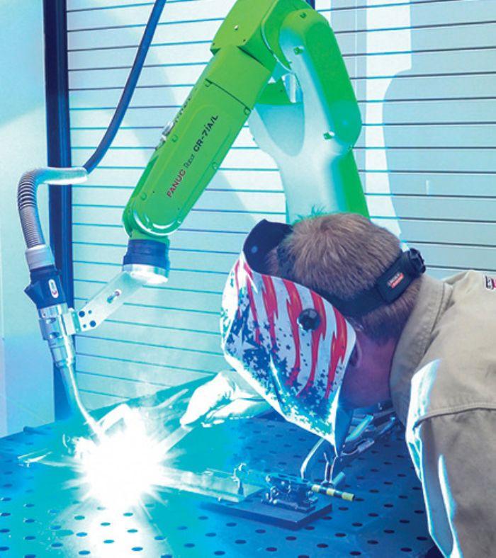 Fanuc cobot arc welding CR-7iA