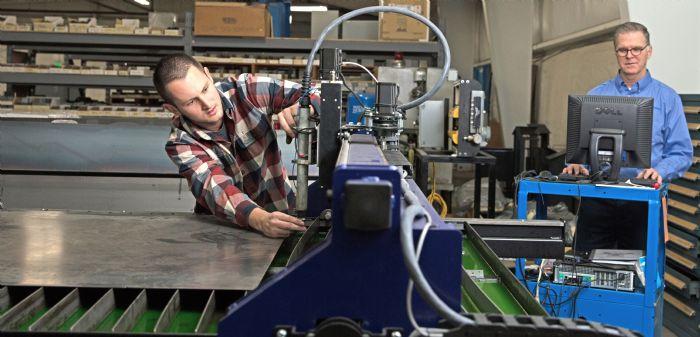 Industrial-Innovations-Plasma-Cutting