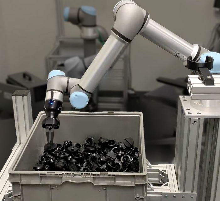 Universal-Robots-ActiNav-Bin-Picking