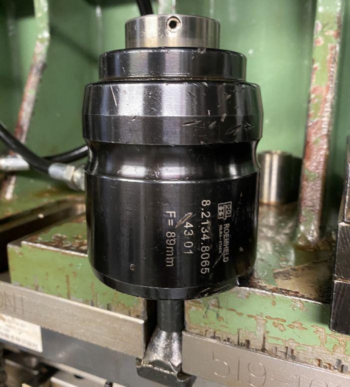 Hilma hollow piston clamp