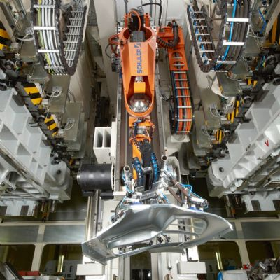 Smart Press Shop Takes Shape at Porsche