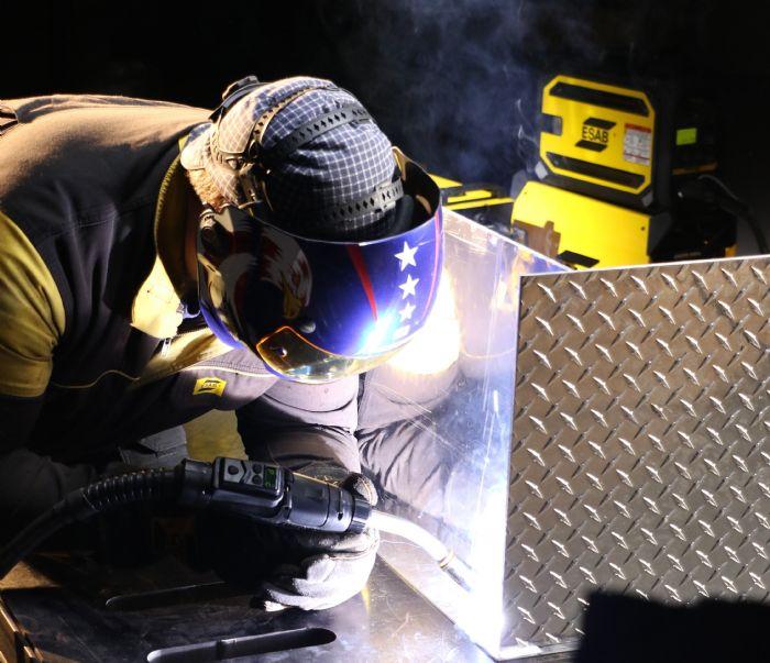 1-Welding Well-arc-welding-ESAB-Precision-Drive