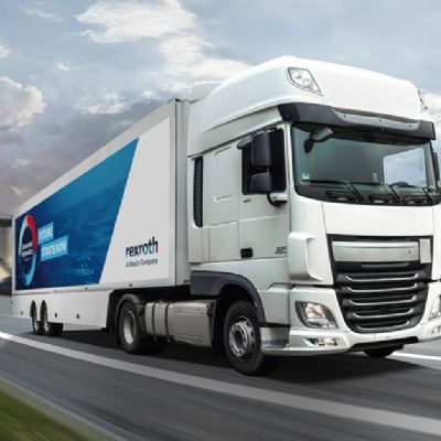 Bosch Rexroth Conducting Connected-Hydraulics Roadshow