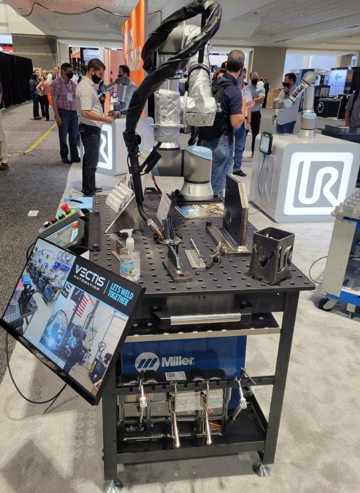 Universal-Robots-Vectis-Welding-Cobot